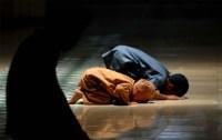 Dekatkan anak-anak ke masjid