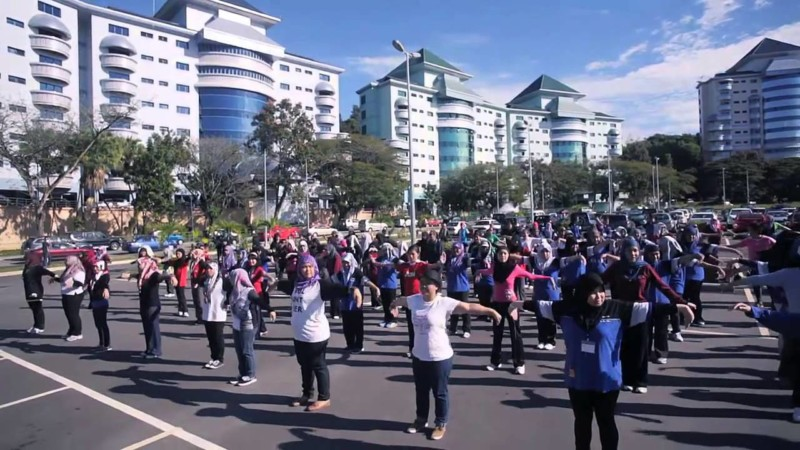 universitas di brunei Politeknik Brunei