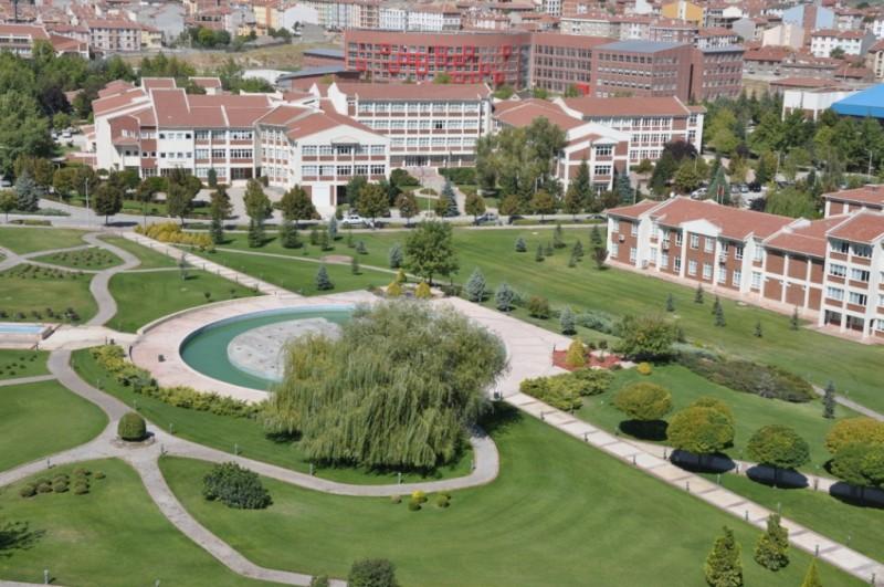 Universitas terbaik di Turki Anadolu University (Anadolu Üniversitesi)