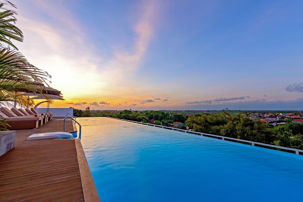 Kolam Renang Bali Kila Infinity8 Hotel Jimbaran