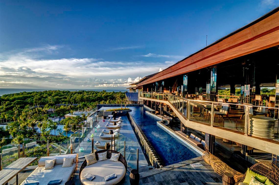 Kolam Renang Bali Unique Rooftop Bar, RIMBA Jimbaran