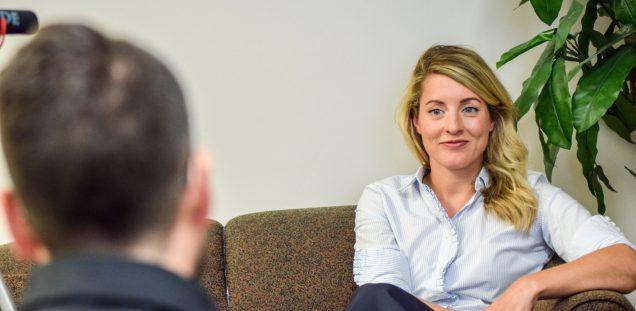 La ministre Mélanie Joly était de passage dans les bureaux de l'Acadie Nouvelle à Moncton. - Acadie Nouvelle: Patrick Lacelle