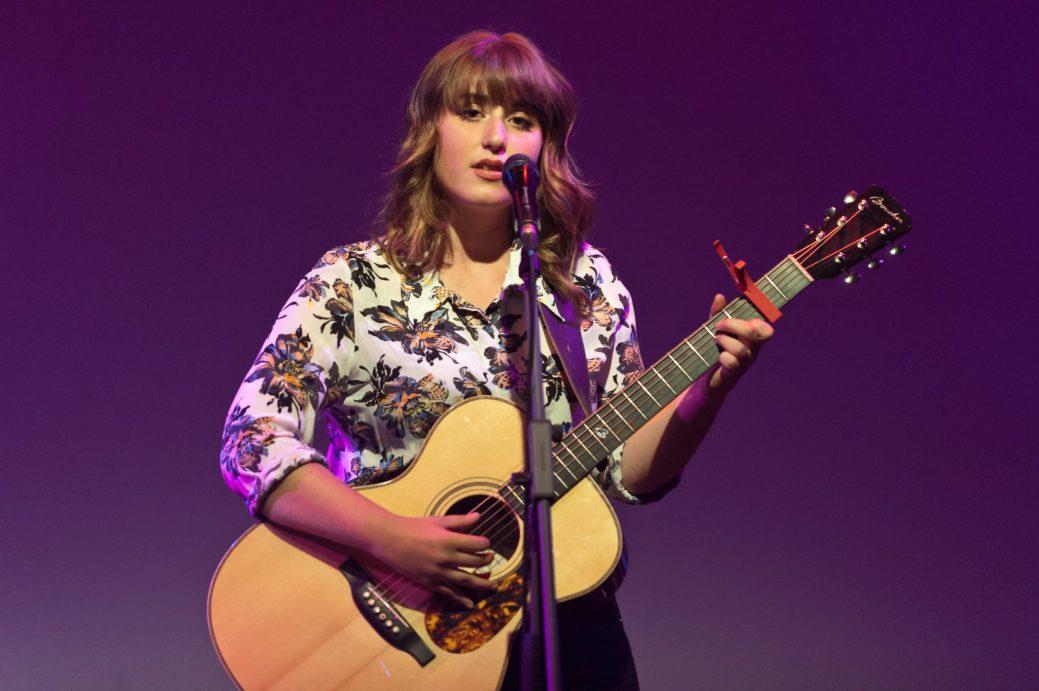 Caroline Savoie a ouvert la soirée en offrant son concert intimiste. - Collaboration spéciale: Marc Grandmaison