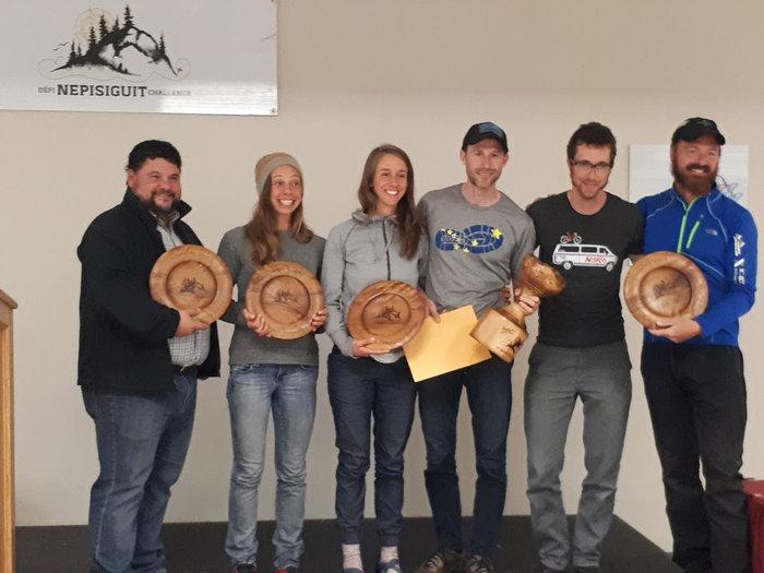 L'équipe Touf Touf et Paul Huard, de la Gaspésie, s'est classée première en enregistrant un chronomètre de 15h51m. - Gracieuseté