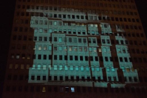 La projection de l'artiste Wasko sur l'édifice Assomption. Acadie Nouvelle: Sylvie Mousseau