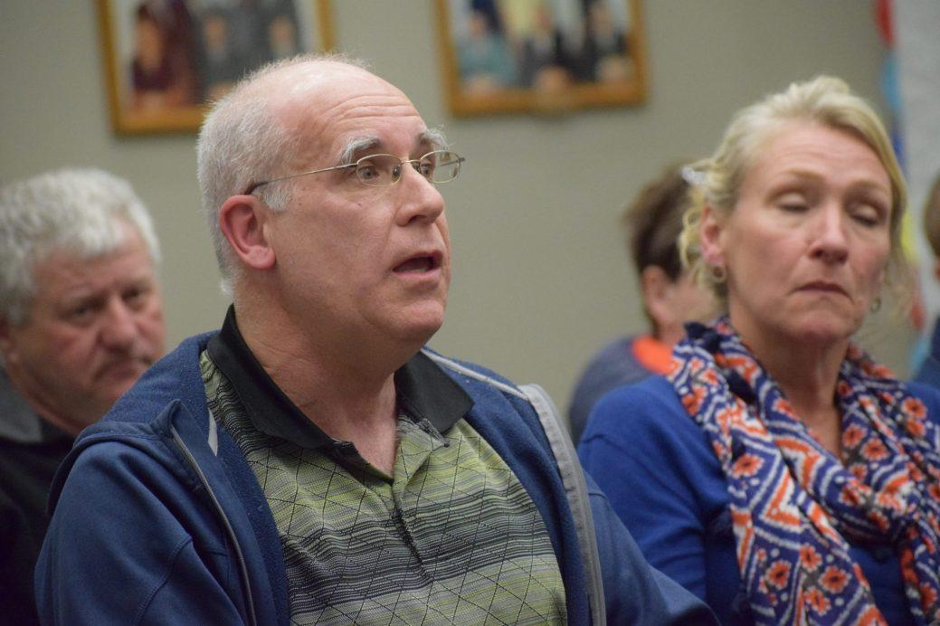 Pierre Gagnon, ingénieur et porte-parole d'un groupe d'opposants, souligne que le projet aura des conséquences néfastes pour l'environnement. - Acadie Nouvelle : Anthony Doiron
