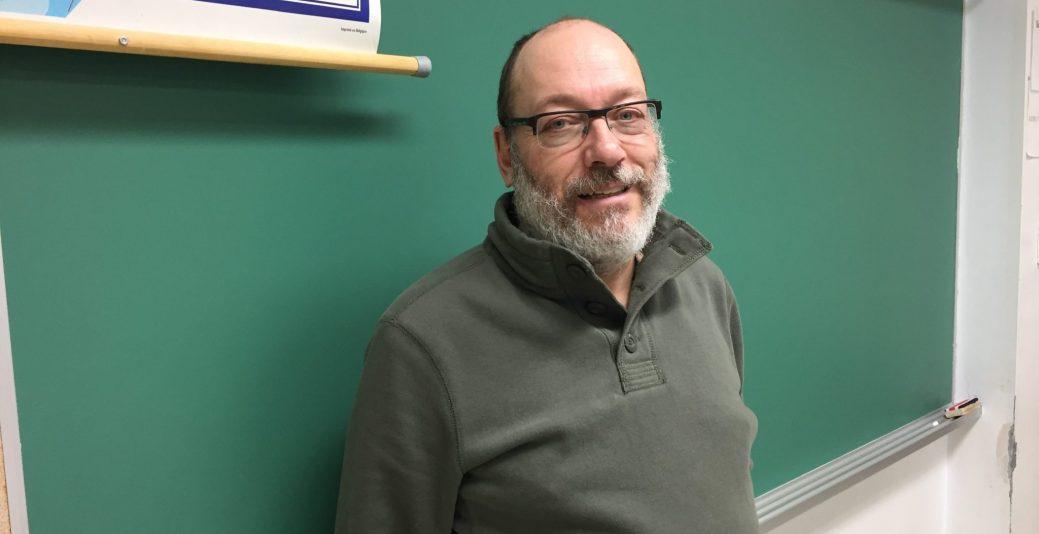 Bernard Ferron, professeur à l'école Marie-Esther à Shippagan. - Acadie Nouvelle : Vincent Pichard