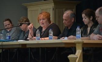 La mairesse de Kedgwick, Janice Savoie, et les membres du conseil lors de la rencontre spéciale de lundi portant sur les services ambulanciers. - Acadie Nouvelle: Jean-François Boisvert