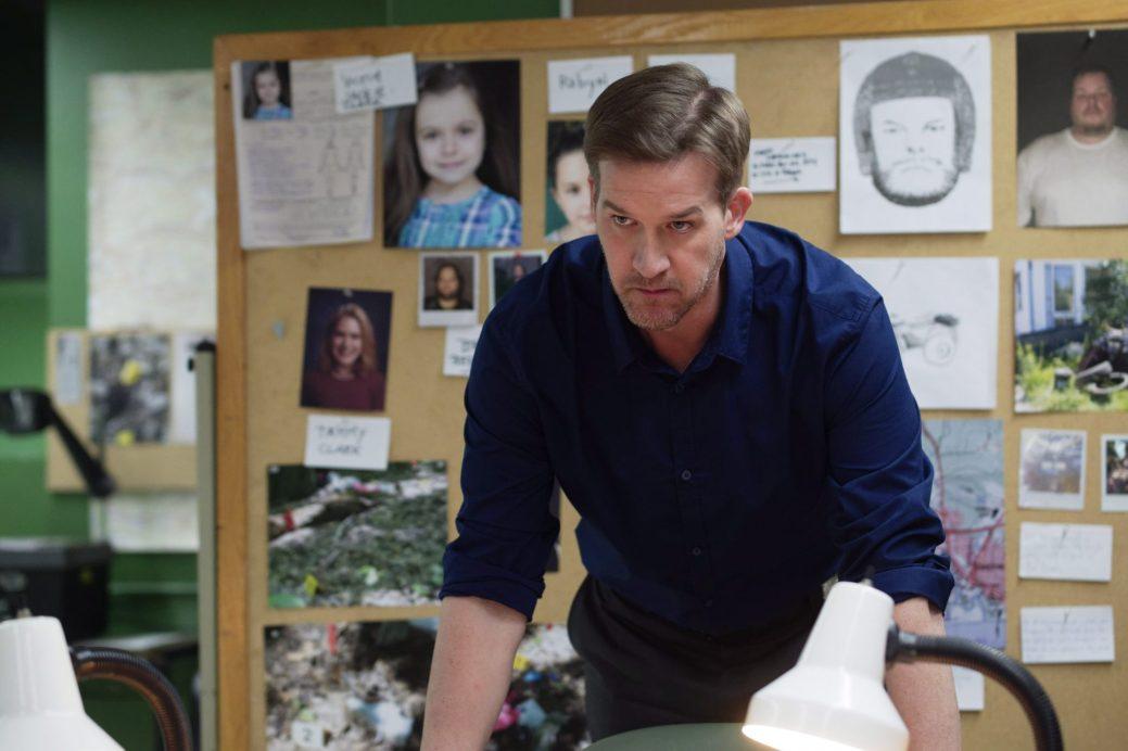 L'acteur Kenneth Mitchell en tant que le détective de Fredericton,Mike Richard lors d'un épisode de «The Detectives». - PC/ HO - CBC