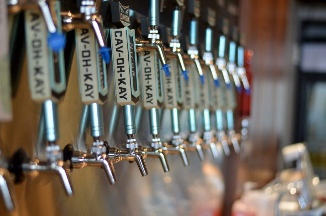 CAVOK Brewing propose une demi-douzaine de bières de différents styles. Prochainement, le nombre de variétés passera à plus de 12. - Acadie Nouvelle: Jean-Marc Doiron