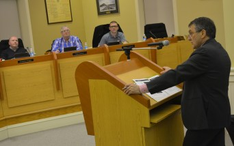 Le PDG de Vitalité, Gilles Lanteigne, a effectué une présentation au conseil municipal de Campbellton à propos du Centre Hospitalier Restigouche. - Acadie Nouvelle Jean-François Boisvert