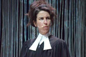 Anika Lirette répète une scène de la pièce Winslow. - Acadie Nouvelle: Sylvie Mousseau