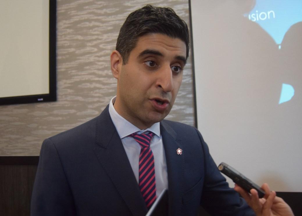 Le PDG du Conseil économique du Nouveau-Brunswick, Thomas Raffy, participera à la création du comité de promotion du bilinguisme officiel. - Acadie Nouvelle: Alexandre Boudreau