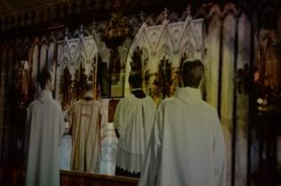 Le spectacle immersif de la cathédrale numérique raconte l'histoire de la vie de Mgr Melanson.. - Acadie Nouvelle: Lili Mercure