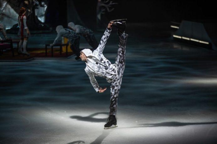 Shawn Sawyer en plein action dans le spectacle Crystal du Cirque du Soleil. - Gracieuseté: Matt Beard, Cirque du Soleil