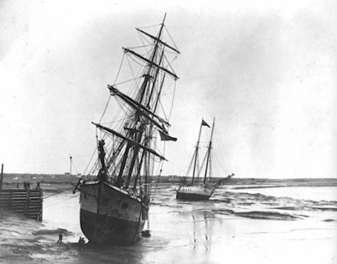 La construction navale a joué un rôle important dans le développement de Moncton jusqu'à l'avènement du chemin de fer. - Gracieuseté
