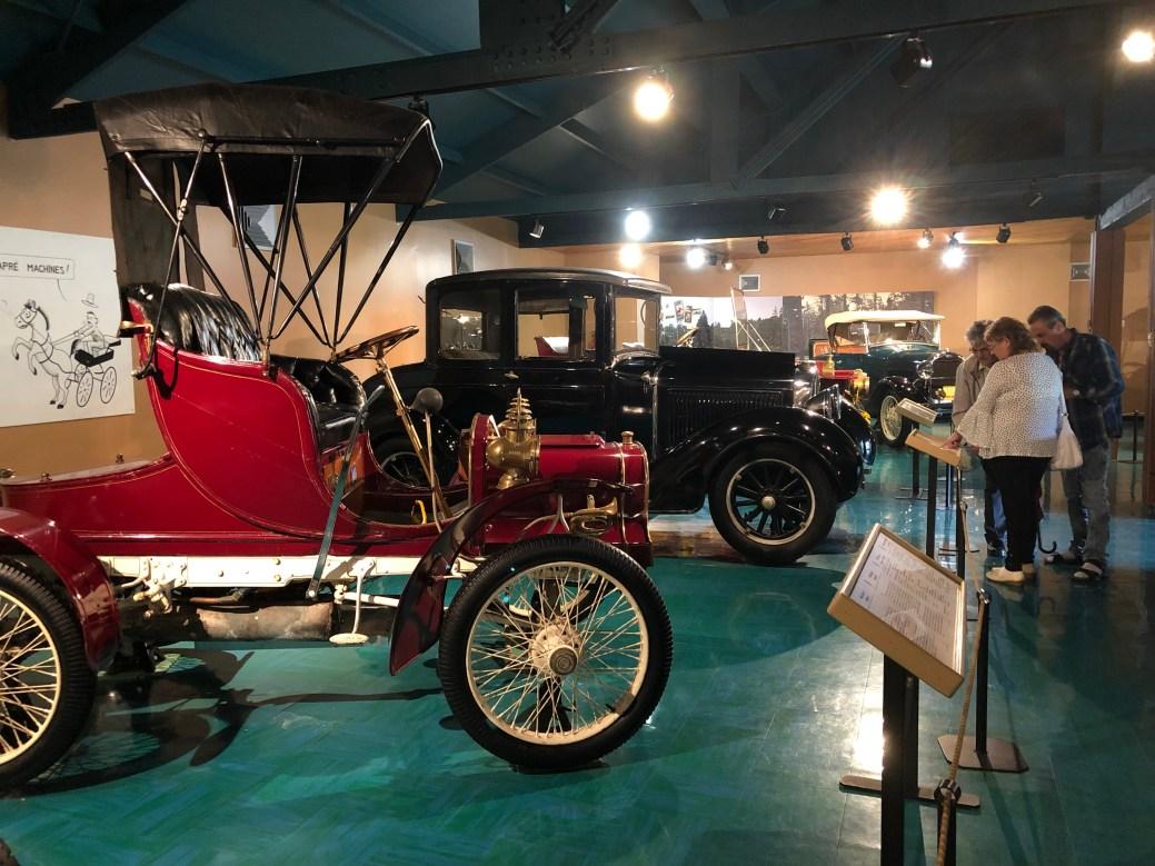 Le Musée des voitures d'autrefois a ouvert gratuitement ses portes au public dimanche au jardin botanique, lors de la Sortie branchée en Acadie. - Acadie Nouvelle: Sébastien Lachance