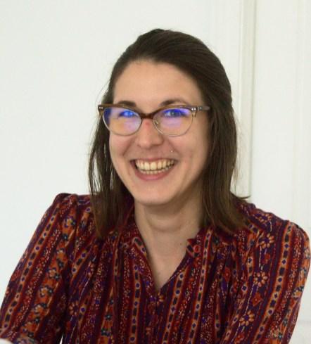 L'administratrice de la nouvelle galerie d'art Murmur, Christine Dubé se réjouit de l'affluence du lieu culturel. Elle l'estime à 20 personnes par jour en moyenne. - Acadie Nouvelle: Cédric Thévenin