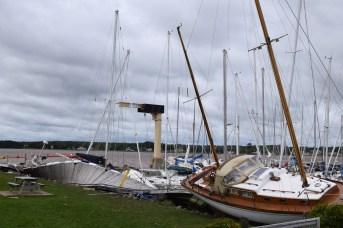 Le quai tordu témoigne de la violence de la tempête qui a frappé la côte dans le sud-est de la province. - Acadie Nouvelle: Alexandre Boudreau