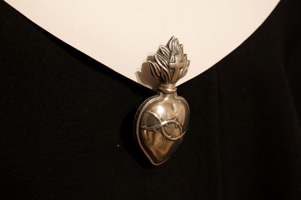 Le symbole des soeurs de Notre-Dame-du-Sacré-Coeur. - Acadie Nouvelle: Simon Delattre