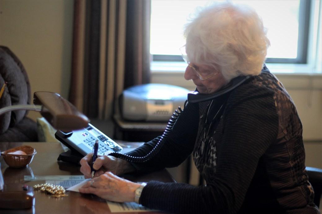 Les soeurs reçoivent plusieurs appels par jour de personnes leur demandant de prier pour elles. - Acadie Nouvelle: Simon Delattre