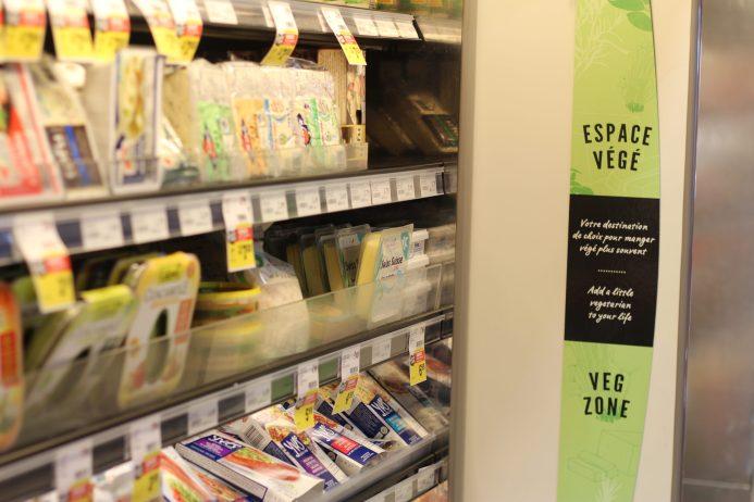 Dans la plupart des épiceries, la section végé s'est étoffée au cours des derniers mois. - Acadie Nouvelle: Simon Delattre
