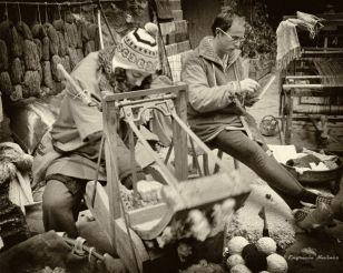 Cardant la llana - Engracia Navines