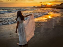 Mirando al mar - Isabel Nogales