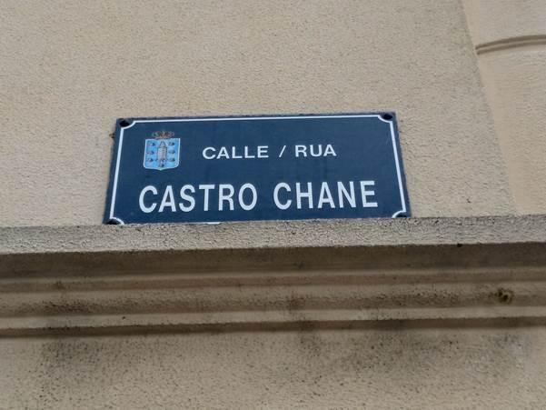Placa da rúa Castro Chané