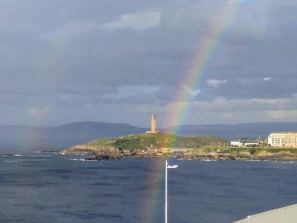 Torre de Hércules e arco da vella