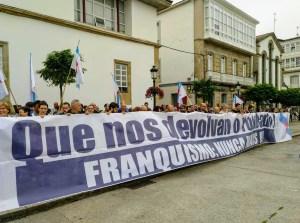 Manifestación contra expolio franquismo en Betanzos
