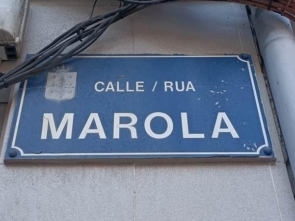 Placa rúa Marola