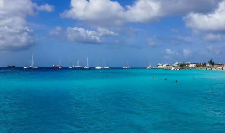 Ilhas do Caribe para surfar: Barbados