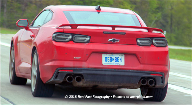 2019 Chevrolet Camaro SS tail