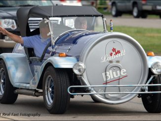labatt beer can car