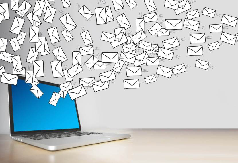 E-mail bombing spam definizione