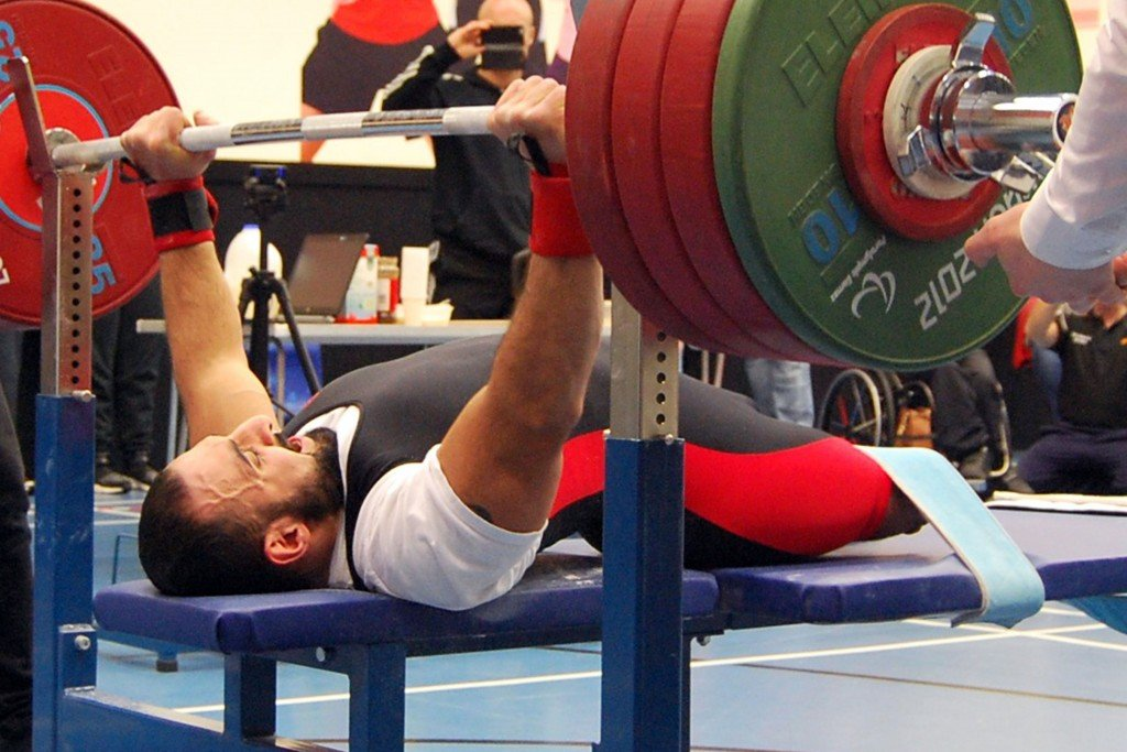ali-jawad-bench-press