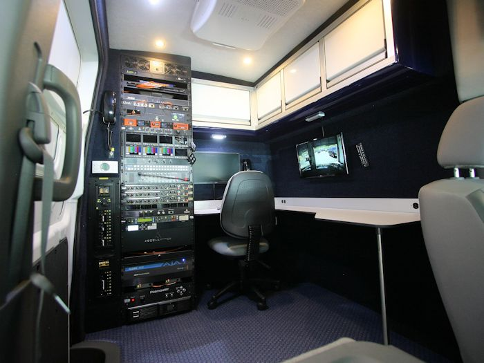 Nissan NV3500 Accelerated Media Technologies