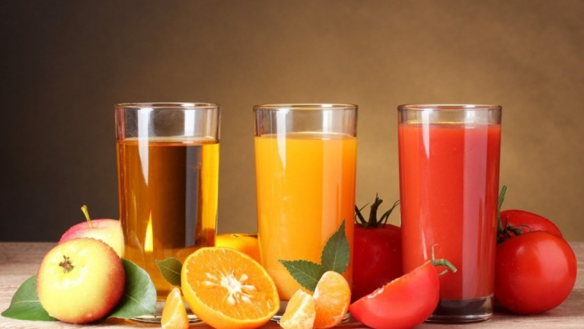 tomato_apple_orange_juice_glasses_fruit_71418_1600x900