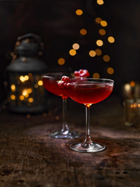 holiday-cosmo-drinks-only