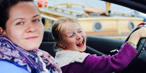 Uus uuring: me ainult arvame, et naised on viletsamad autojuhid!