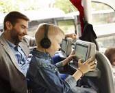 Millega tegelevad bussireisijad enamuse ajast? Jõllitavad ekraani loomulikult!