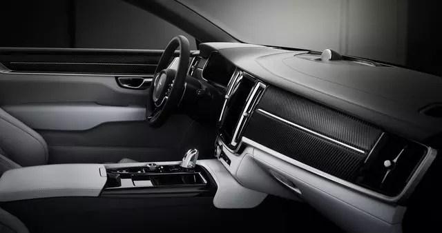 Interior_dashboard_side_low