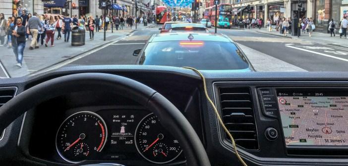 Armutu statistika: Eestis registreeritud sõidukid satuvad välismaal järjest enam õnnetustesse