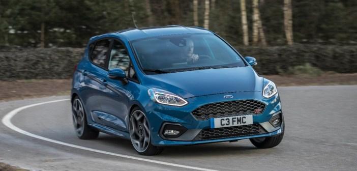 Uus Ford Fiesta ST: väike tulikuumpära kähkusõidusõltlaste meele järele