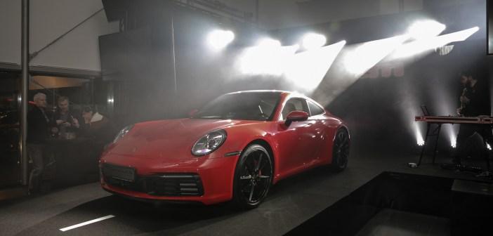 GALERII: Tallinnasse jõudis kaheksanda generatsiooni Porsche 911
