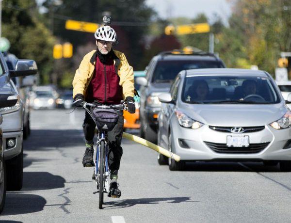 """Rattasõidu ABC: populaarne """"velohäkk nuudliga"""" seab ohtu nii ratturi kui kaasliiklejad"""
