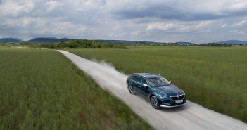 Uuenenud Škoda Superb: jah, see on superb, jah, see tuleb ka pistikhübriidina