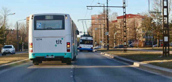 Vatitupsuühiskonna ilmingud: kui keegi bussis kukub, on süüdi bussijuht!?