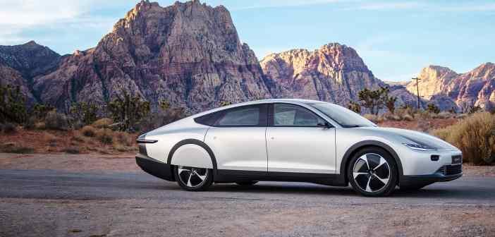 """""""Päikeseauto"""" Lightyear One väikeseeriat ehitatakse Uusikaupunki tehases"""